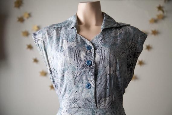 1950s novelty print day dress with pocket