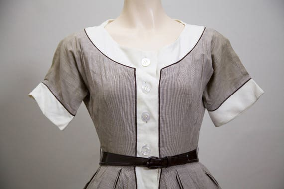1950s fit and flare brown gingham dress - image 5