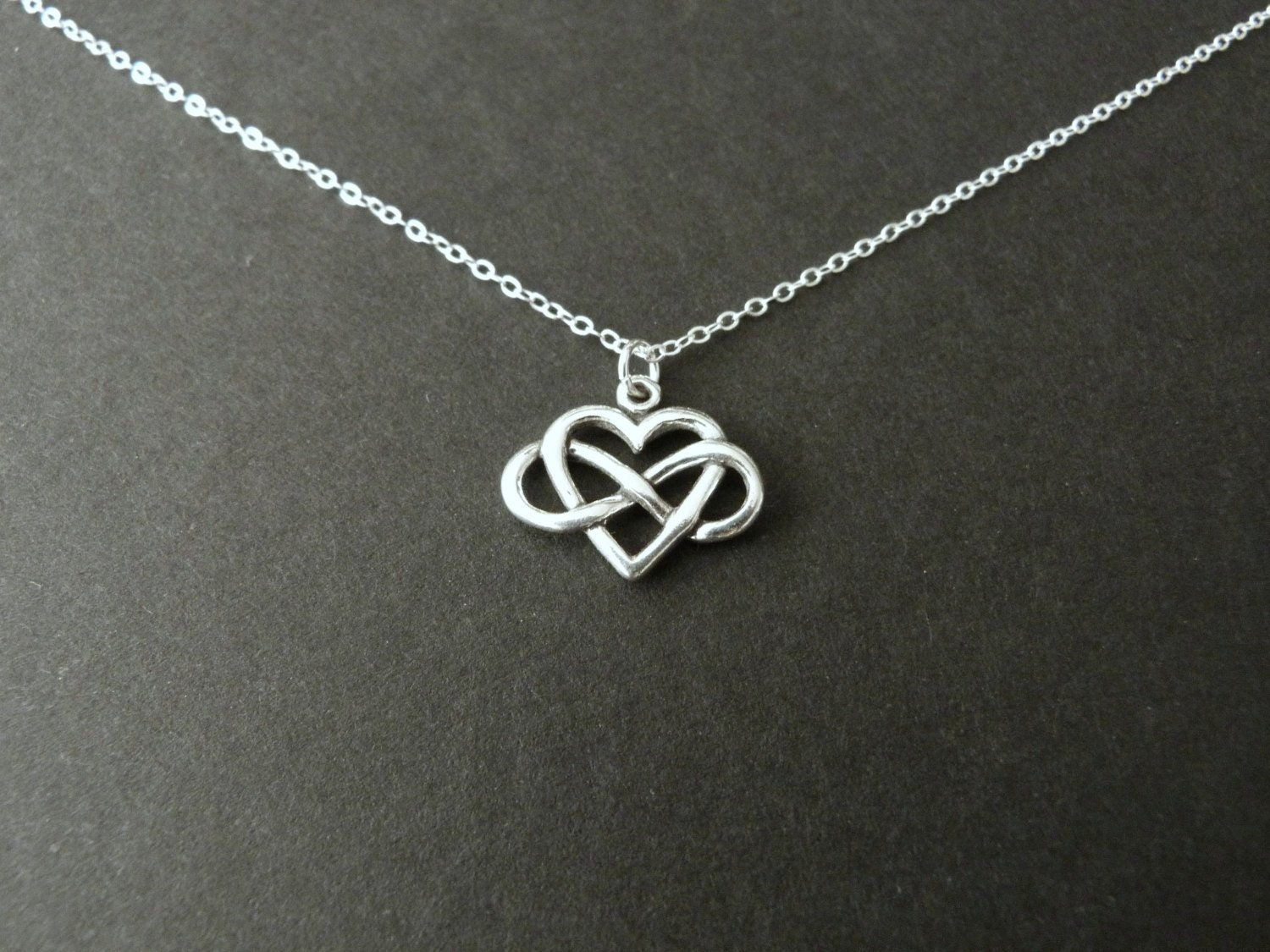 infinity heart necklace in sterling silver girlfriend gift. Black Bedroom Furniture Sets. Home Design Ideas