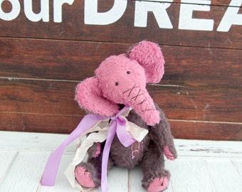 """Artist Teddy Elephant """"Hi"""",OOAK Teddy Bear,Teddy Bears and Friends,Elephant."""