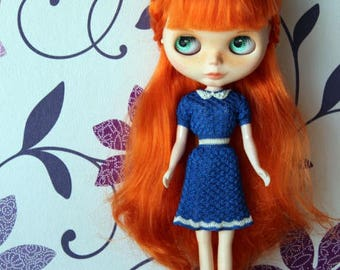 Blythe crocheted blue dress with white collar Fashion doll dress Short sleeve crochet blue white dress with beads Blythe knitted outfit