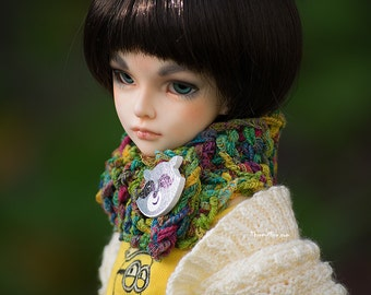 Colorful tube scarf with raccon button for MSD BJD