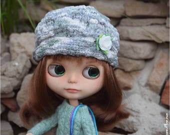 Cap with flower for Blythe