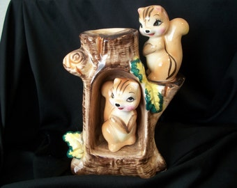 Two Squirels Perched in a Tree Salt & Pepper Shakers