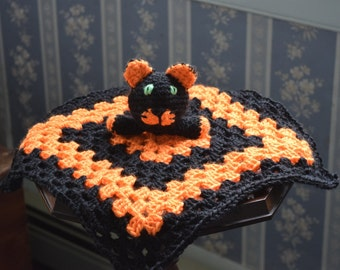 Security blanket with black cat head for baby/toddler-black and orange-crochet