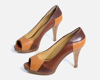 af3f27cf8abd US size 7.5 womens wide open toe pumps heels colorblock brown tan orange  leather shoes BANDOLINO vintage 90s 1990s dress suit casual classy