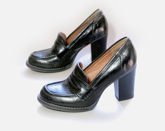 84307f0a9c9a US size 7N to 7.5N womens black oxfords chunky heel faux leather XAPPEAL shoes  vintage 90s 1990s fall spring platforms womens shoes