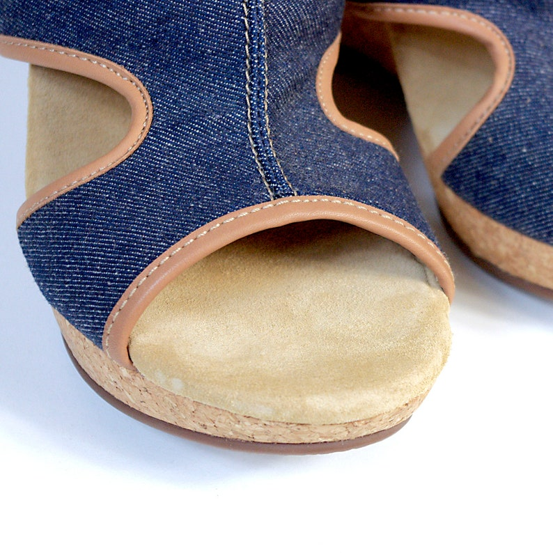 US size 7.5 womens slip-on cork platforms sandals blue jeans fabric summer CLARKS vintage 90s 1990s shoes street style hipster streetwear