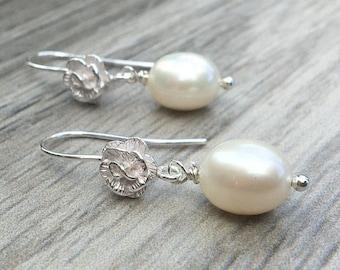 Pearl Earrings/Sterling Silver Bridal Jewellery/Wedding Earrings/Gift for Her/Gift for Mum/Wedding Jewellery