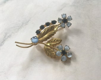 Gold and Blue Flower Vintage Brooch/Gift for Her/Fashion Accessories