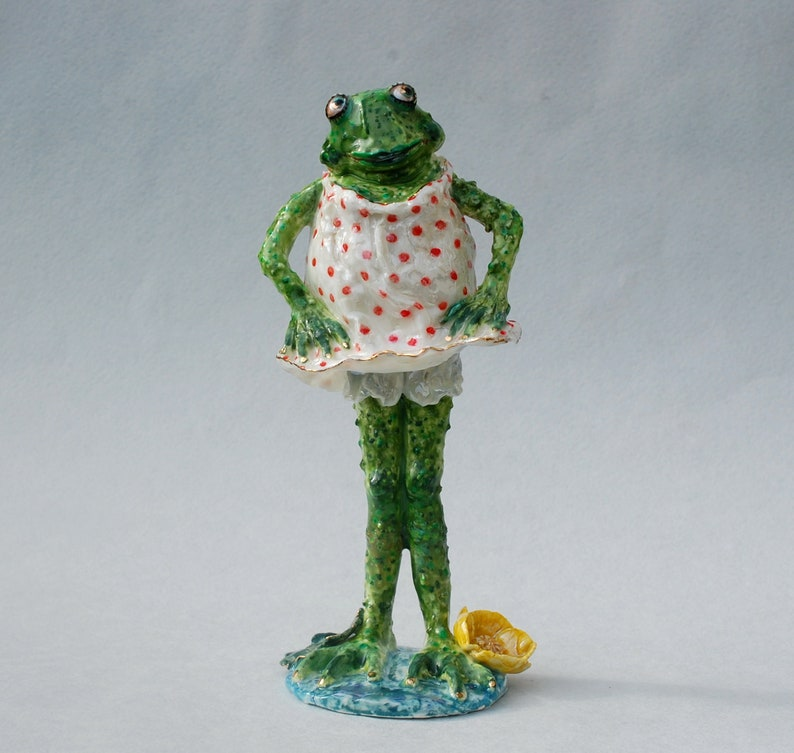 AMUSING GIFT FROG COLLECTION UNUSUAL BRING LUCLY MASCOTS FUN FROGS
