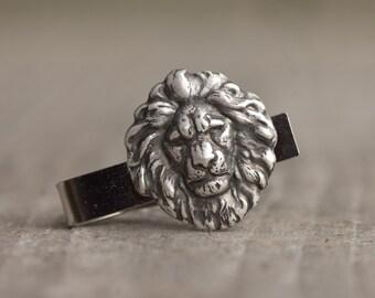 Antique Silver Lion Tie Bar