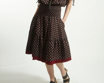 Free size full circle skirt with pocket handmade  in cotton and Block Print in Black