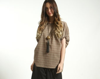 Frees size Poncho top blouse handmade in Cotton  and Block Print in Cream white