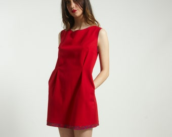 Mini short dress  with pocket and  print piping handmade in RED cotton