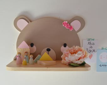 Shelf for gifts and children's bedrooms bear