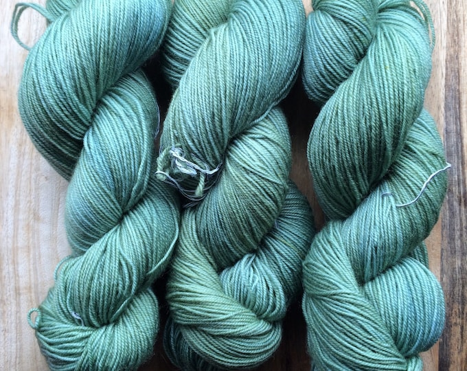 MYOGA Hand Dyed 4ply Superwash - 'Old Shutters'