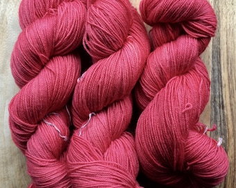 MYOGA Hand Dyed 4ply Superwash - 'French Linen'