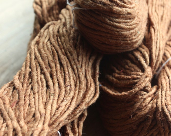 NEW**2.5/1 Handmade Mulberry Noil Silk Yarn - Mailabalam/Cutch