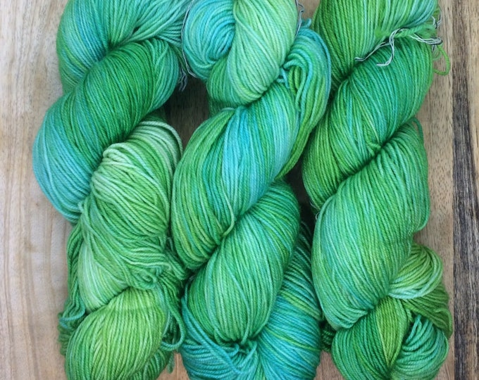 MYOGA Hand Dyed 4ply Superwash - 'Little People'
