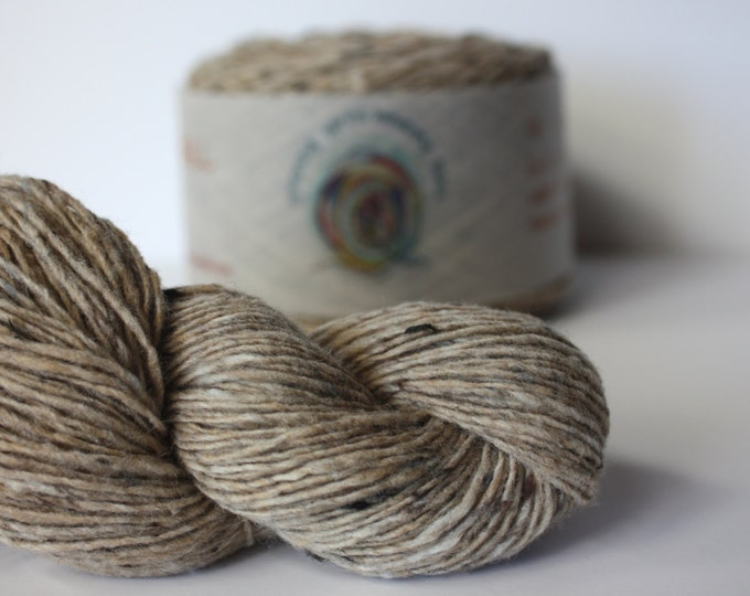 Spinning Yarns Weaving Tales - Tirchonaill 508 Oatmeal 100% Merino 4ply