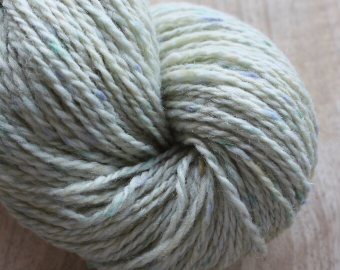 NEW COLOUR - Dooish Tweed - 'In the Oil' - 3749 Mist Green