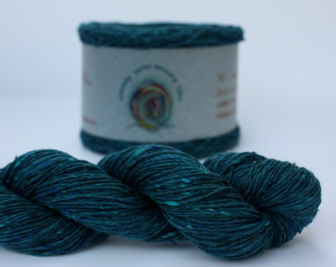 Spinning Yarns Weaving Tales - Tirchonaill 528 Peacock Teal 100% Merino 4ply