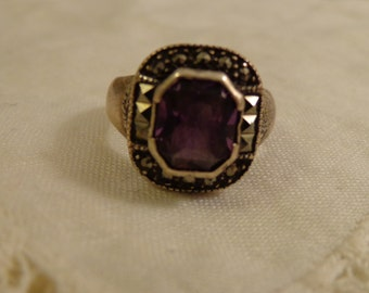 Amethyst Colored Stone with Marcasite stones set in Sterling Silver Ring-sz 7 1/2
