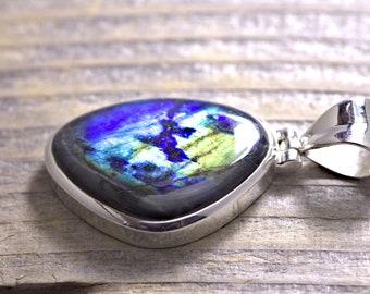 Spectrolite pendant sterling silver Spec37 Labradorite from Finnland gemstone rare solid silver Spektrolite unisex jewelry pendant