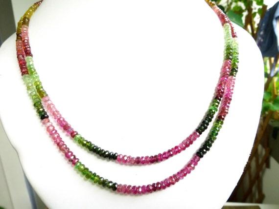 5c541f35e264 Multicolor Turmalin Kette mit einen Durchmesser grün rosa   Etsy