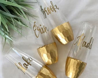 Gold foiled bottom . stemless champagne flutes . personalized glass flutes . holiday glasses . gold calligraphy . bridesmaid gifts