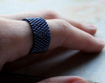 Seed Bead Ring, Peyote Ring, Beaded Ring, Woven Ring, Delica Ring, Bead Band Ring, Midnight Blue Ring, Seed Bead Jewelry, Flexible Ring