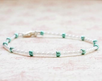 White And Green Bracelet, Seed Bead Bracelet, Stacking Bracelet, Minimalist Bracelet, Dainty Bracelet, Simple Bracelet, Beaded Bracelet