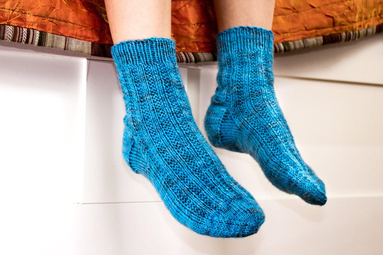 KNITTING PATTERN, Kids Socks, Boy\'s Knit Socks, Modern Kids Socks ...