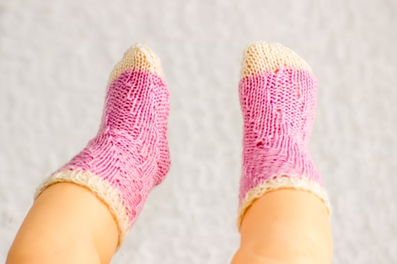 Knitting Pattern Easy Socks Baby Sock Pattern Knitted Magic