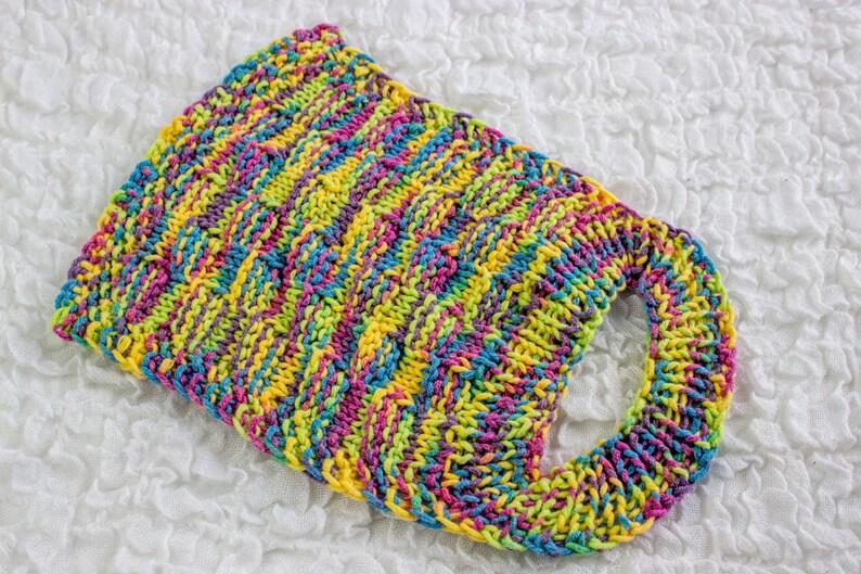 FREE KNITTING PATTERN Knit Baby Bib Pattern Easy Slip On ...