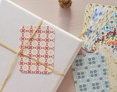 Set of 14 little cards / gift tags printed with a floral pattern • For wrappings and little words