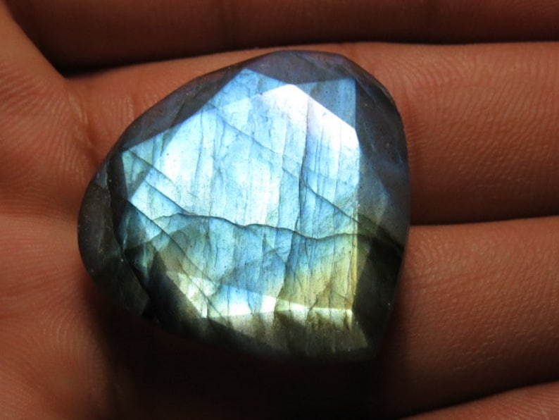 Both Side Faceted Heart Shape LABRADORITE Size 28x29 mm Weight 45.00 crt Cut Stone Amezing Flashy Fire