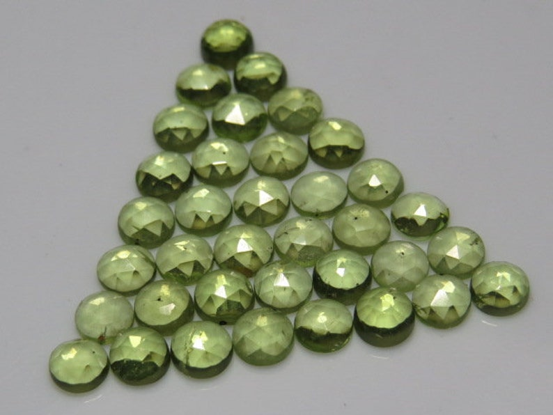 size 4 mm Small Size Faceted Rose Cut Peridot 36 pcs Round Shape Cabochon Natural Gorgeous Green Color Natural Gemstone
