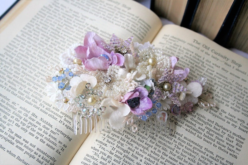 cc4306ea8 Hand made bead and flower vintage bridal hair comb Floral