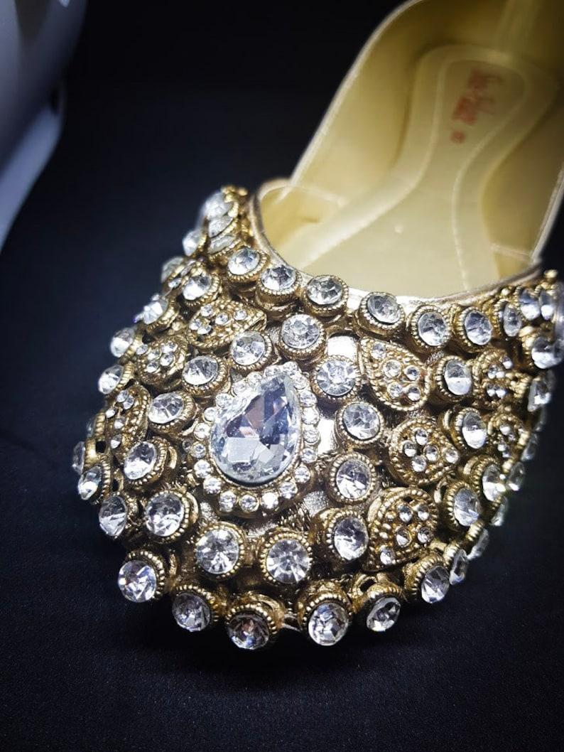bridal shoes kundan khussa pumps heels sandals womens shoes indian bridal pakistani bridal dress salwar kameez pakistani clothing mehndi