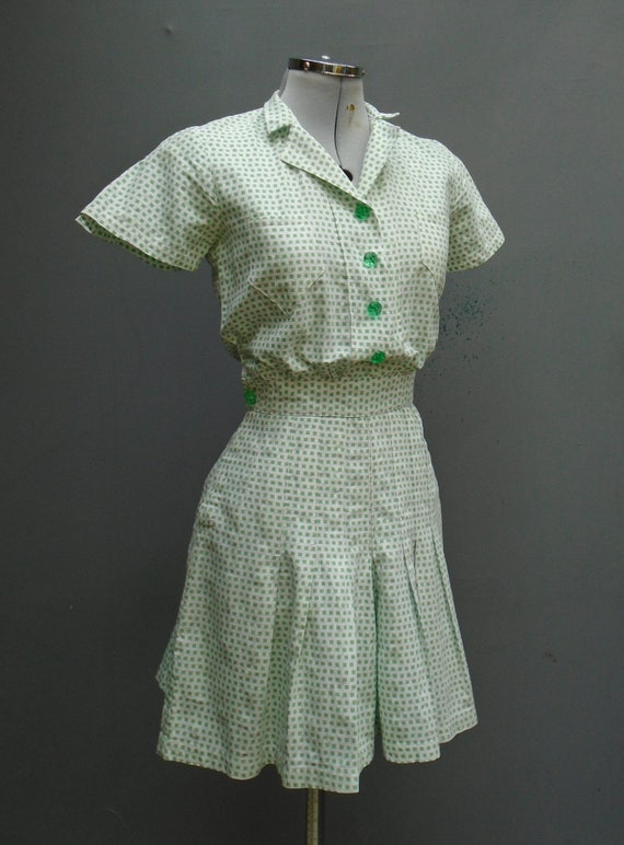 Superb Play Suit 1940s Vintage Dress 1940s WW2 Whi