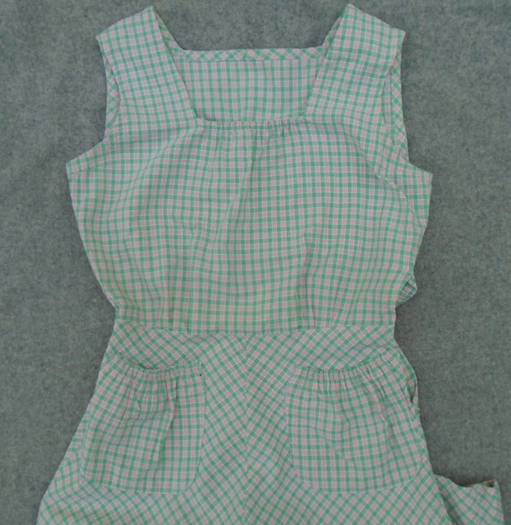 Vintage 1940s Pinafore Sun Dress Checked Pink Gre… - image 8