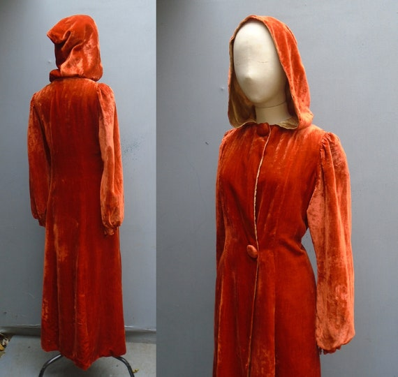 RARE Vintage 1940s WW2 Rust Velvet Hooded Coat Dec