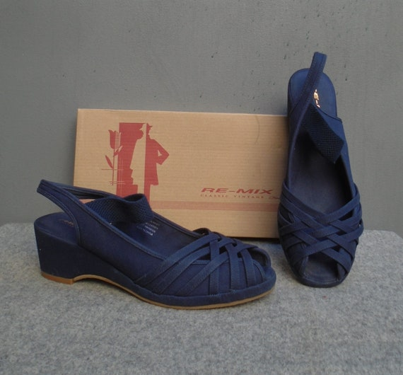 REMIX Vintage 1940s Style Wedge Shoes Navy Blue Ca