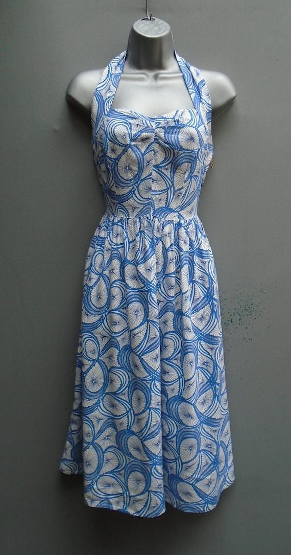 Vintage 1940s WW2 50s 70s Printed Rayon Sun Dress