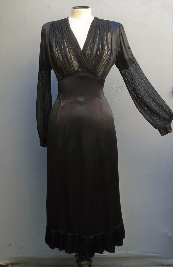 Vampish Vintage 1930s 40s Dress Black Satin lace F