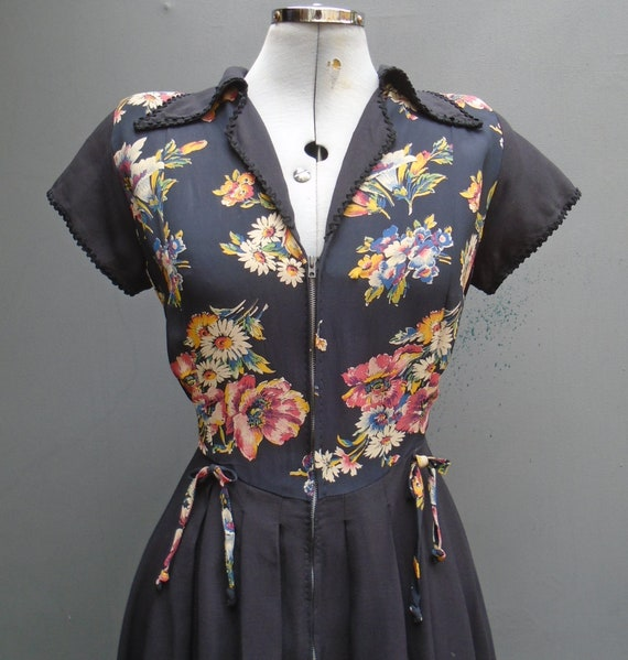 Vintage 2 Tone 1940s 50s Dress Zip Front Handmade