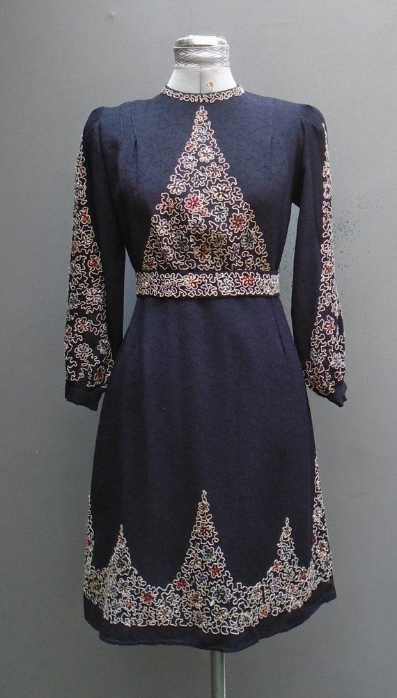 Superb Vintage 1930s Wool Dress Soutache Embroider