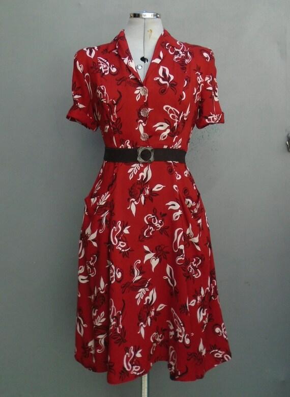 Original 1940s Shirtwaister Dress Novelty Print Bo